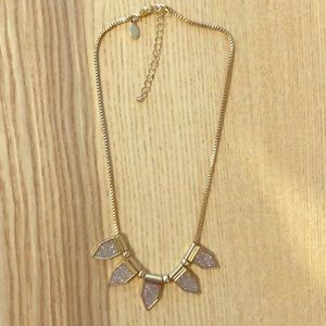 Jewelry - Gold, sparkly pendant necklace